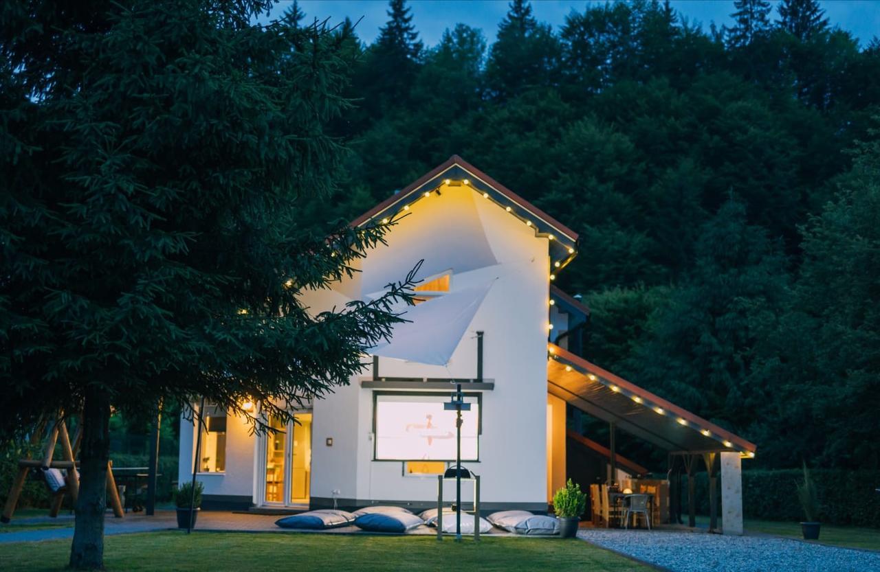 cazare-cabana-guesthouse-porumbacu-de-sus-1