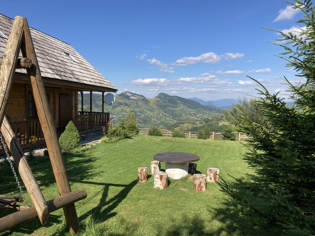 cazare-cabana-in-satul-pestera-judetul-brasov-1